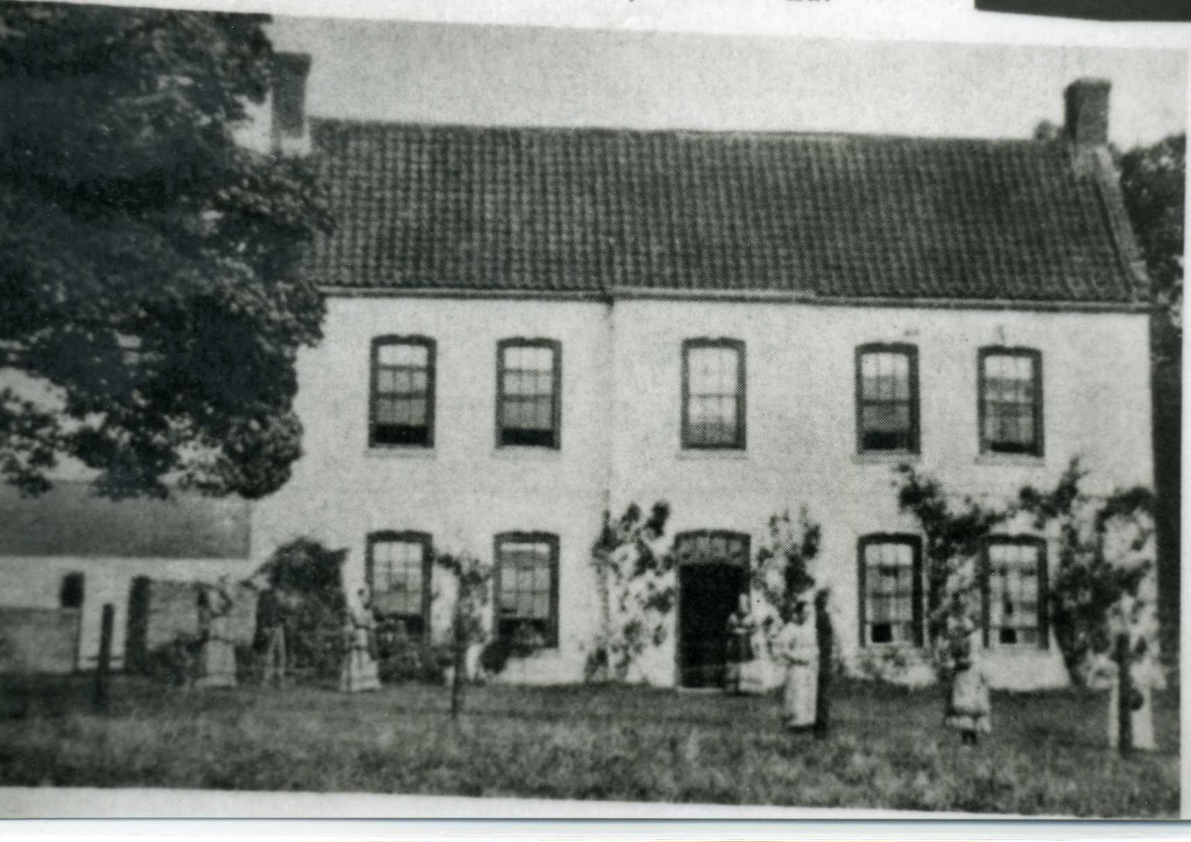 Fonaby House at the Time of Pearts